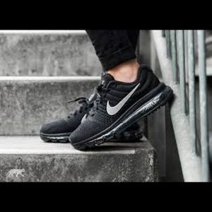 Women's Nike Airmax 2017